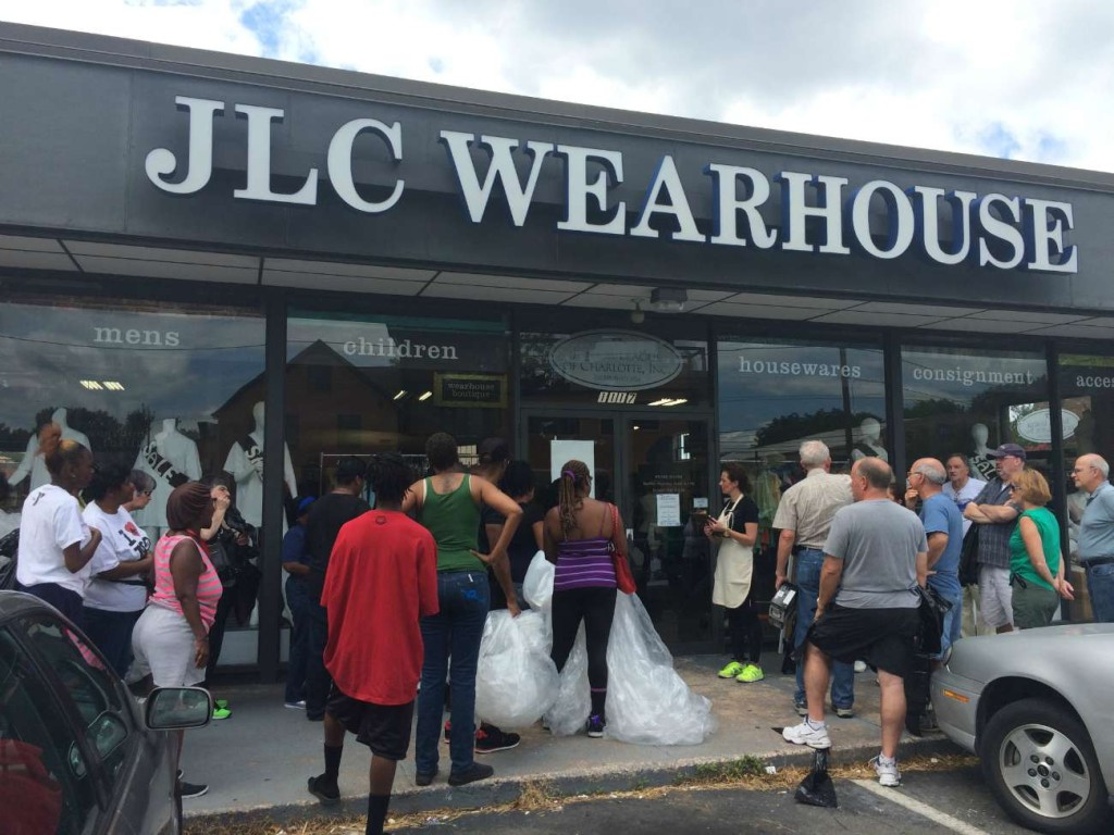 JLC Wearhouse transitions to a new season by opening the store to free shopping for charities