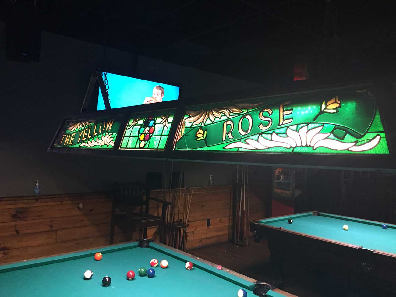 Goodbye, Yellow Rose. Beloved bar and pool hall will shut down this month