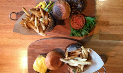 Bang Bang Burgers: Where vegetarians and meat-eaters bond over perfect (but different) patties