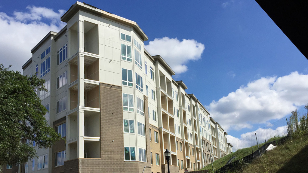 25 largest apartment communities in Charlotte and their rent