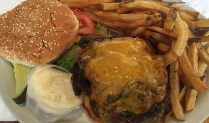 A native Charlottean's guide to the 3 best burgers in town