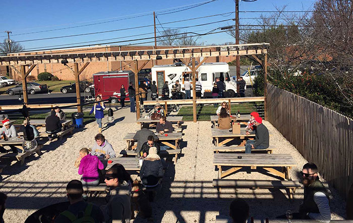 sycamore-brewing-south-end-outside-patio