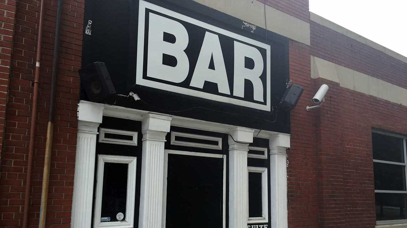 BAR Charlotte is gone. An arcade bar is going in its place