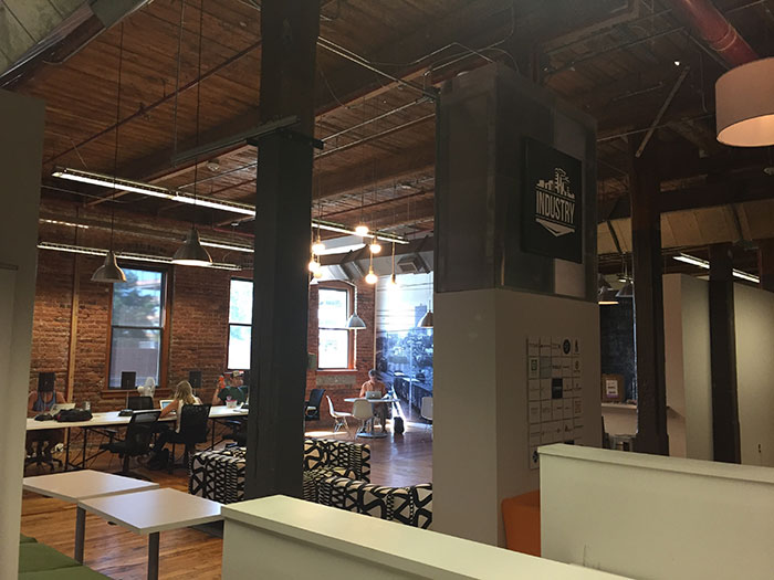 Industry-CoWork-at_music-factory