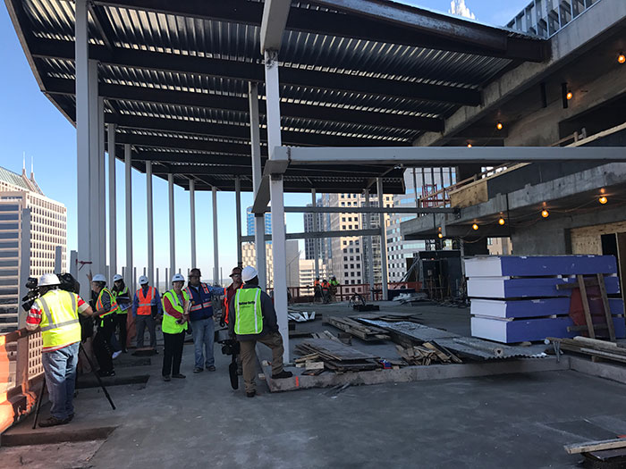 kimpton-hotel-rooftop-bar-construction