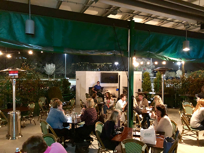 reid's-southpark-patio-wine-bar