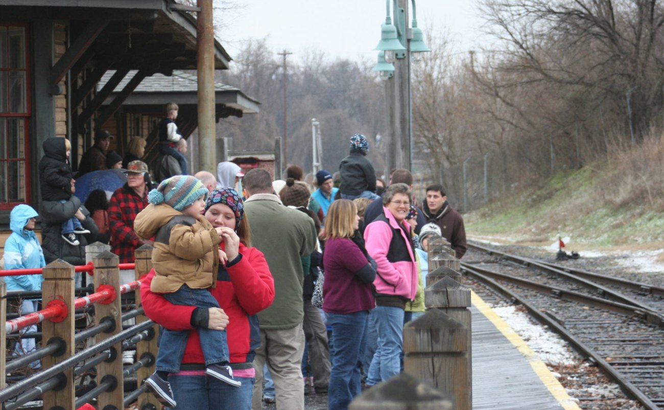 """NC Transportation Museum offers """"Winter Fever Train Rides"""" to give parents an excuse to get kids out of the house"""