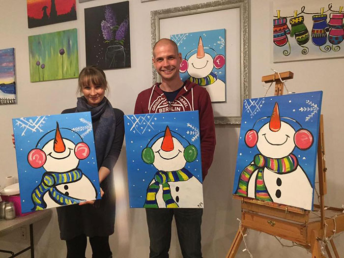 painting-the-park-snowmen