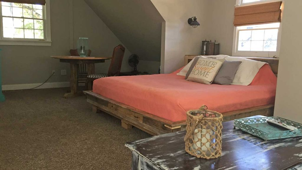 How much money can you make on Airbnb in Charlotte?