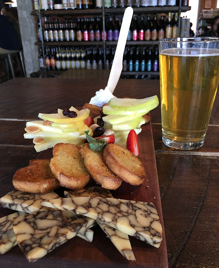 cheese-plate-craft-growler-shop