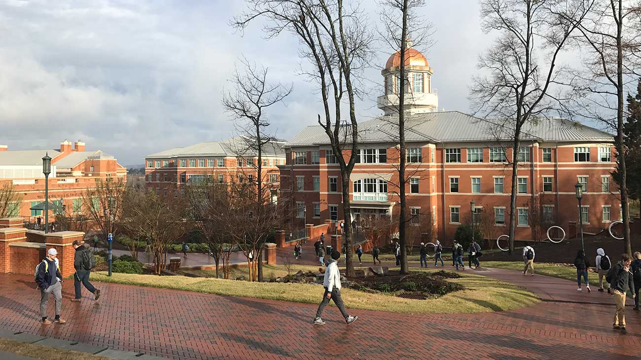 Stop saying Charlotte doesn't have a research university