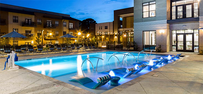 apartment-pool-in-charlotte