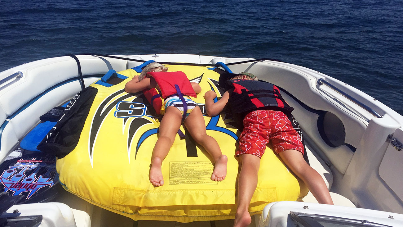 Hour-by-hour look into the average lake weekend for a family of 4 in Cornelius