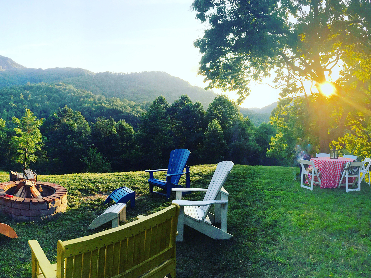 15 cute Asheville bed and breakfasts ranging from $149 to $349 per night