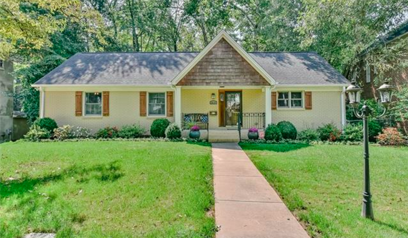 Our city's revamped, 1950s-era ranch homes are a Charlotte ...  1950s Suburban Homes