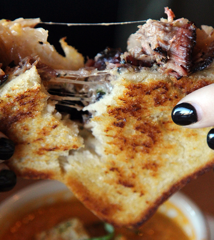 grilled-cheese-midwood-smokehouse