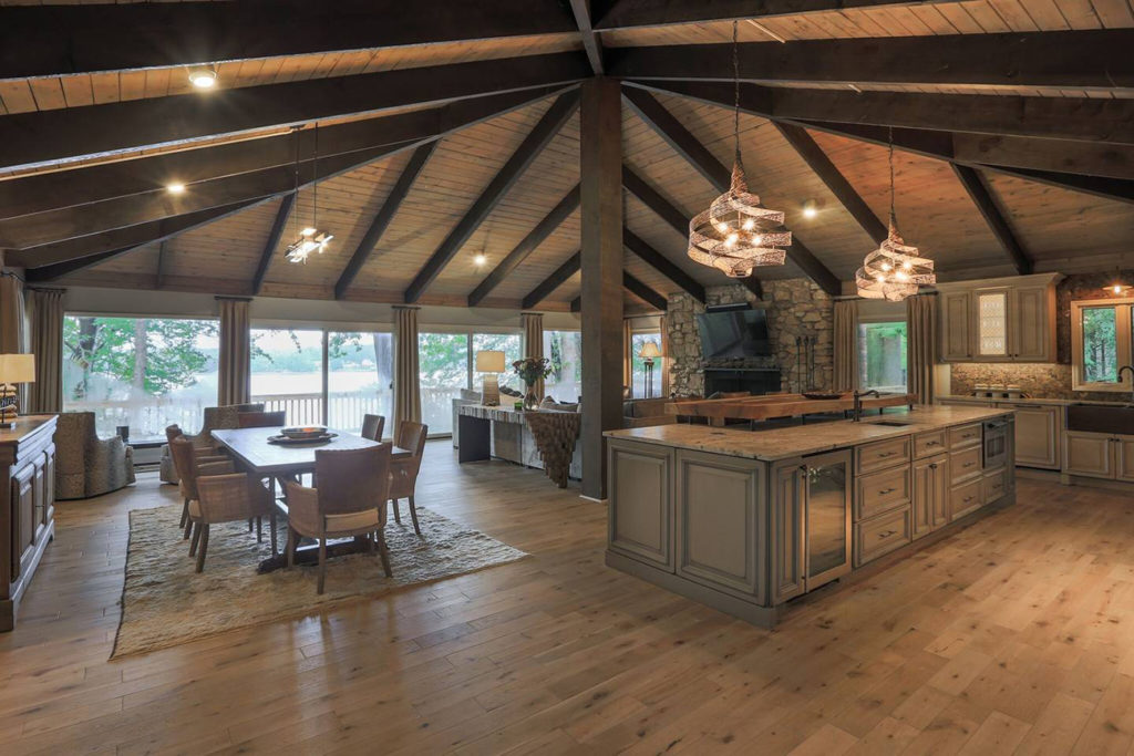 5 best Lake Norman Airbnbs for a Charlotte staycation
