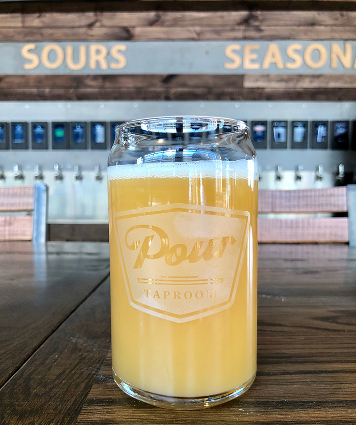 beer-and-glasses-at-pour-taproom-plaza-midwood