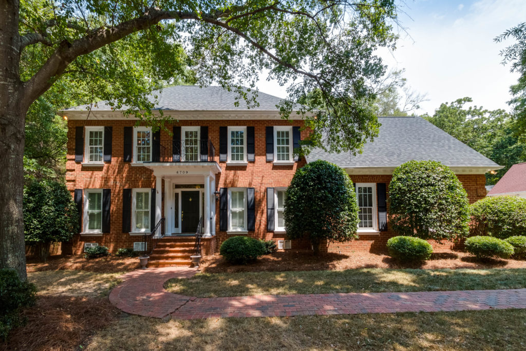 House hunting? Top 14 open houses this weekend, from a perfectly renovated ranch in Oakhurst to a traditional stunner in south Charlotte