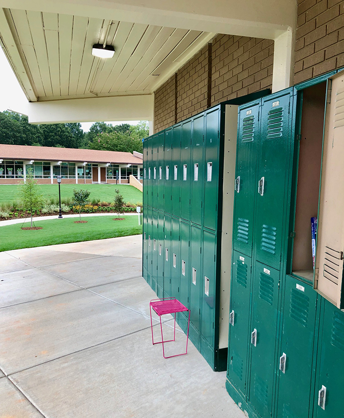 high school lockers at country day private school in charlotte