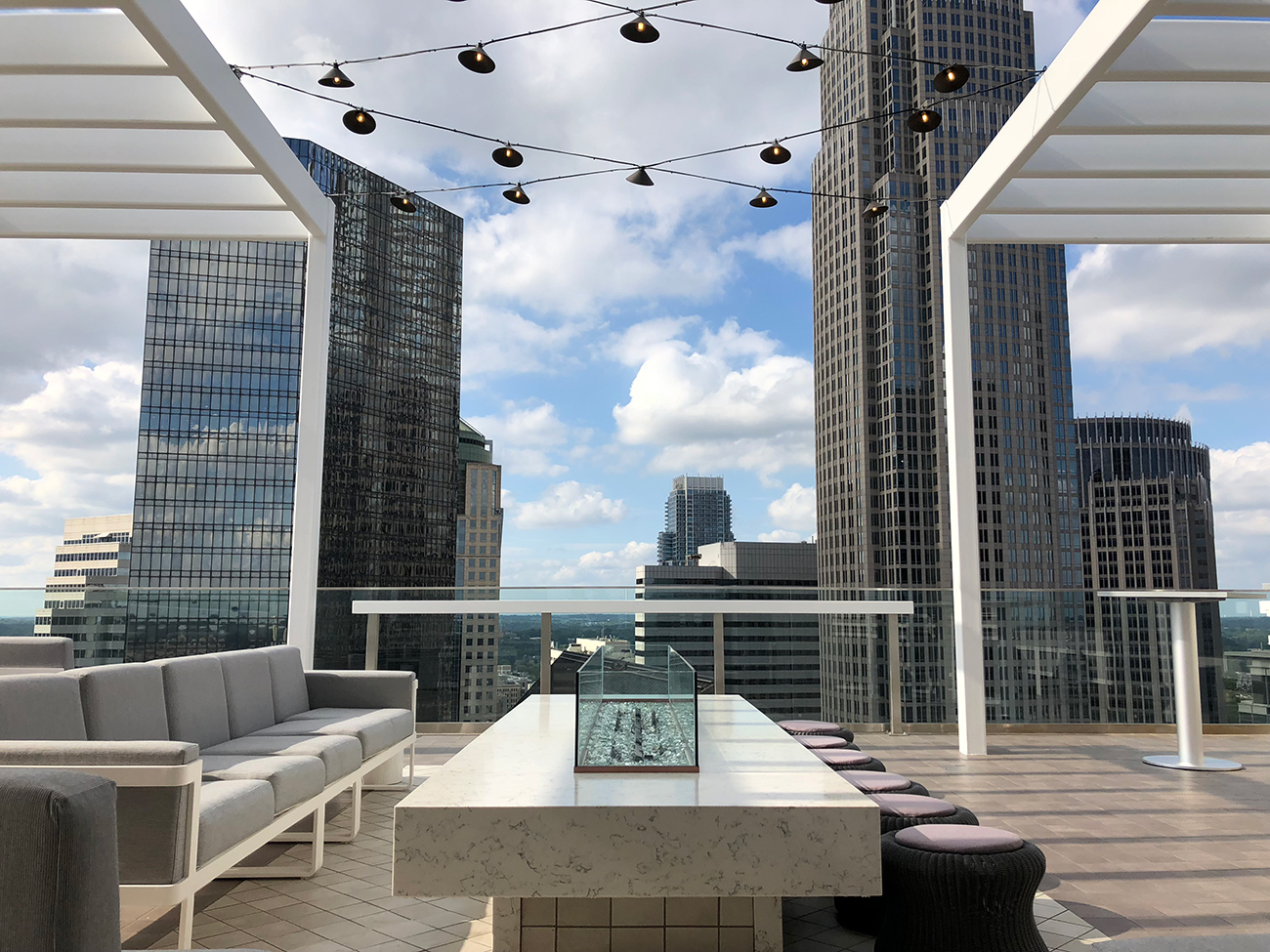 10 best rooftop bars in Charlotte