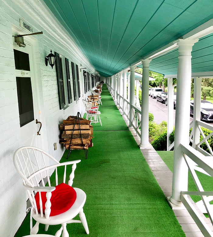cabins-at-the-greenbrier-charlotte