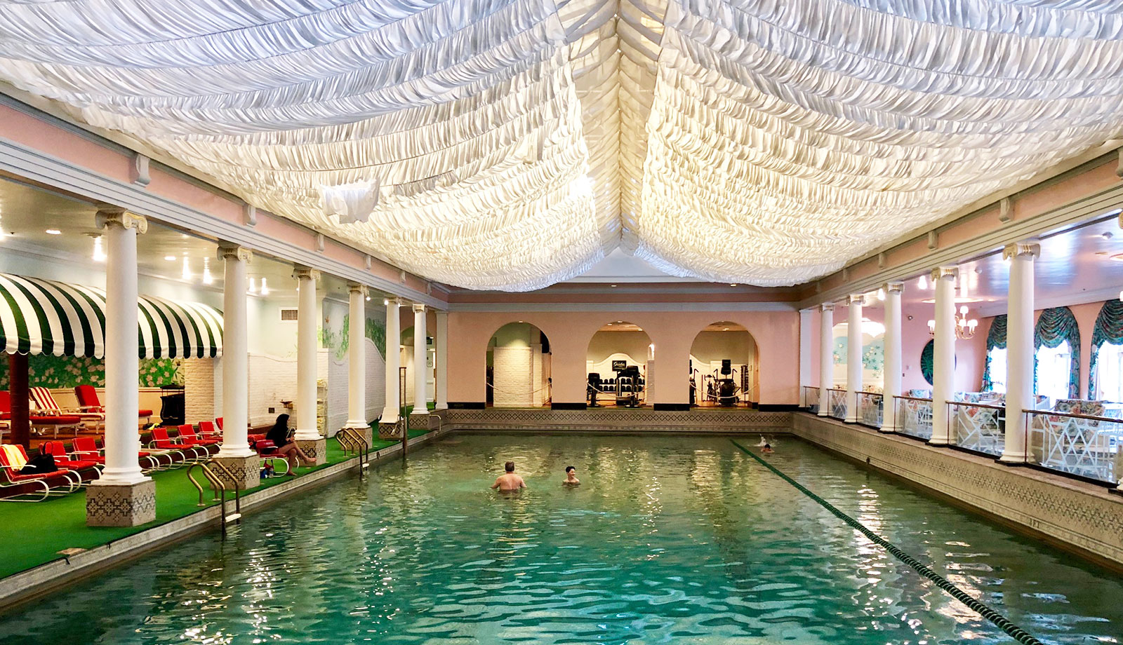 indoor-pool-at-the-greenbrier