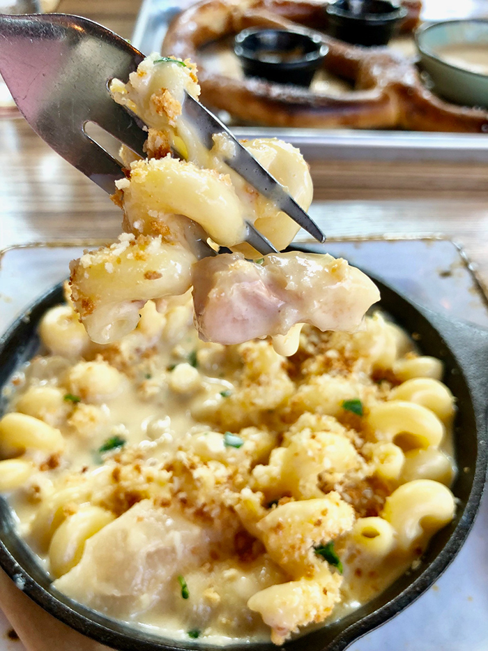 mac-and-cheese-at-legion-brewing-southpark-charlotte