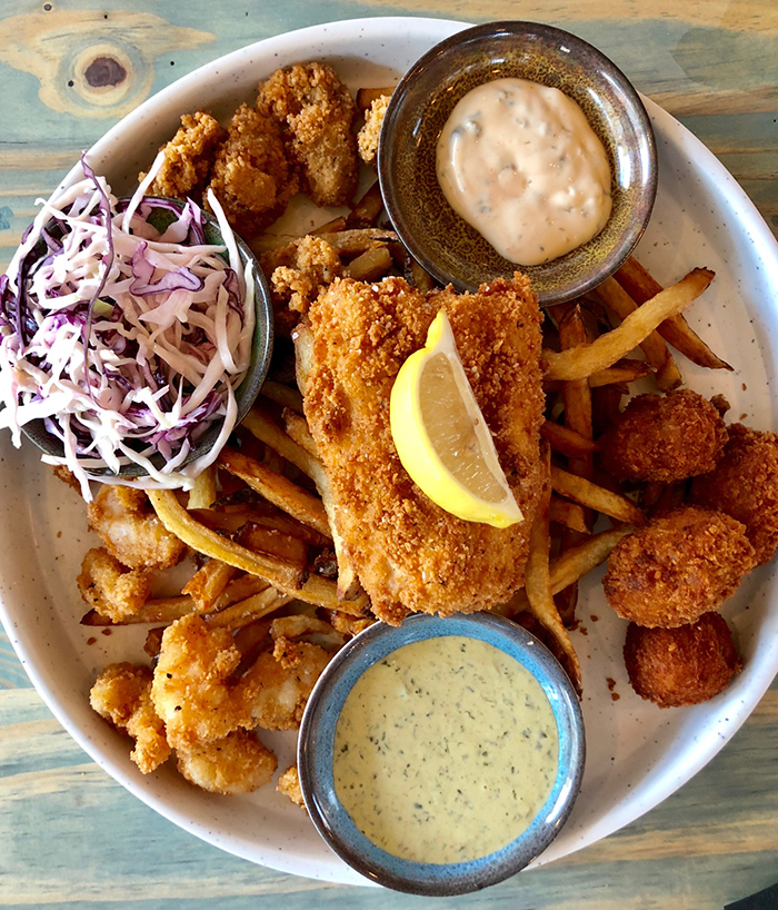 the-waterman-fried-seafood-platter-charlotte