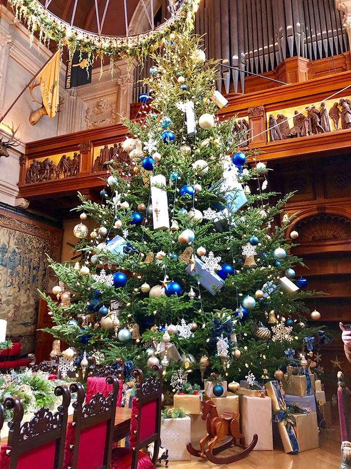 christmas-tree-at-biltmore