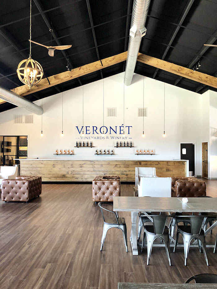 Veronet Vineyards and Winery main bar