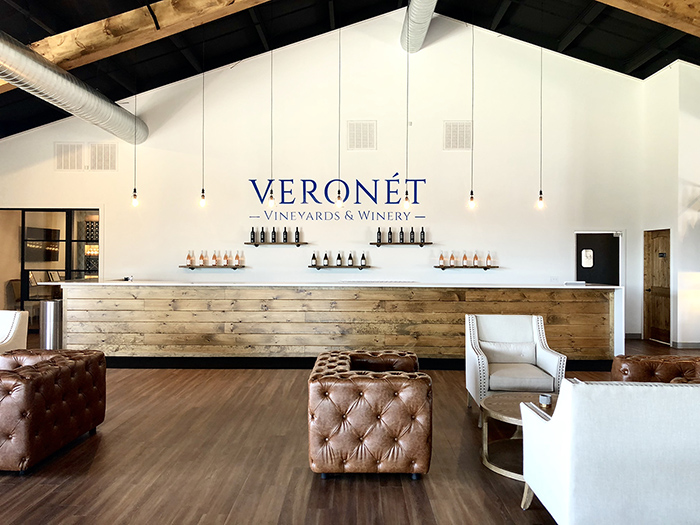 veronet bar and seating area