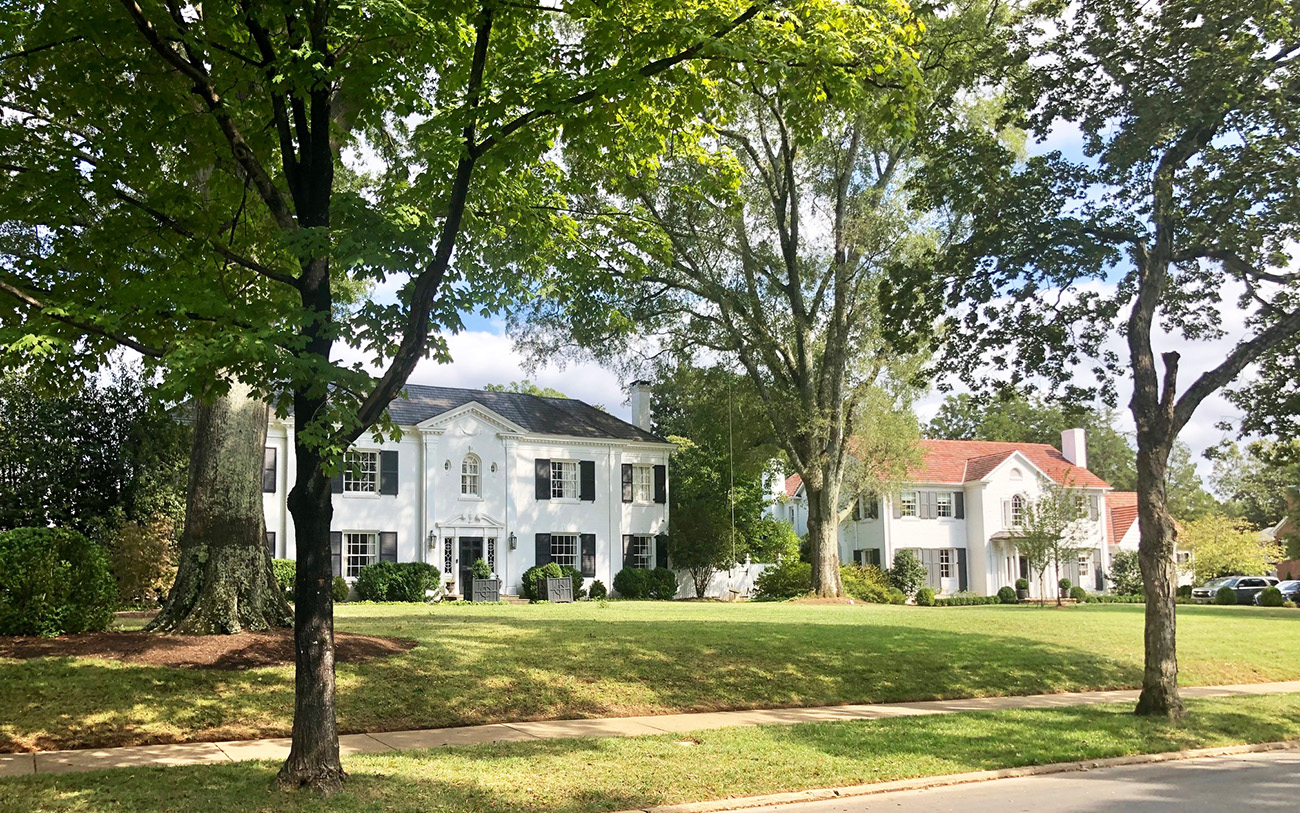 The 10 most beautiful luxury streets in Charlotte, ranked