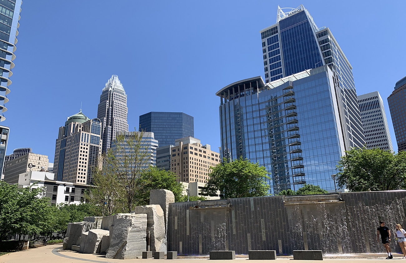Robinhood to expand into Charlotte with nearly 400-employee office Uptown