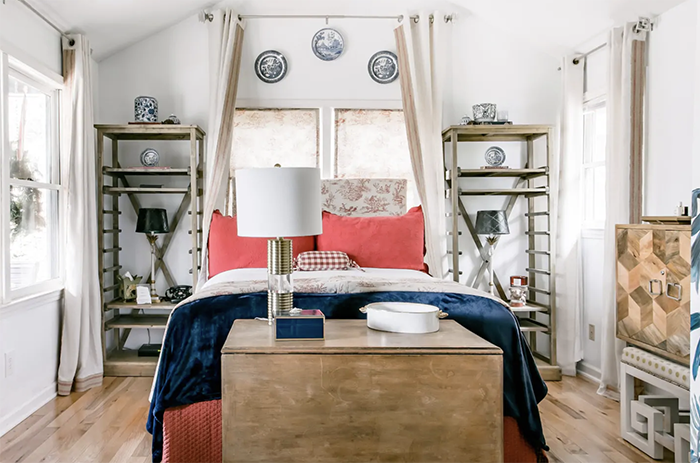 French-inspired cabin room