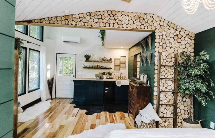 The Carolina Treehouse kitchen