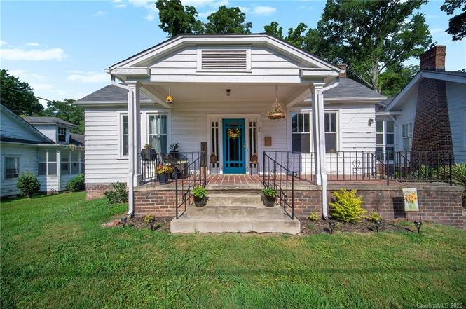 409 s south st front