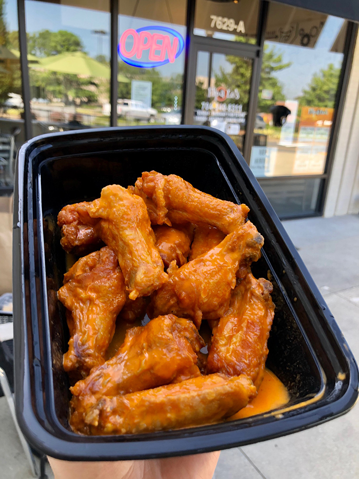 wings at flip-a-lo charlotte