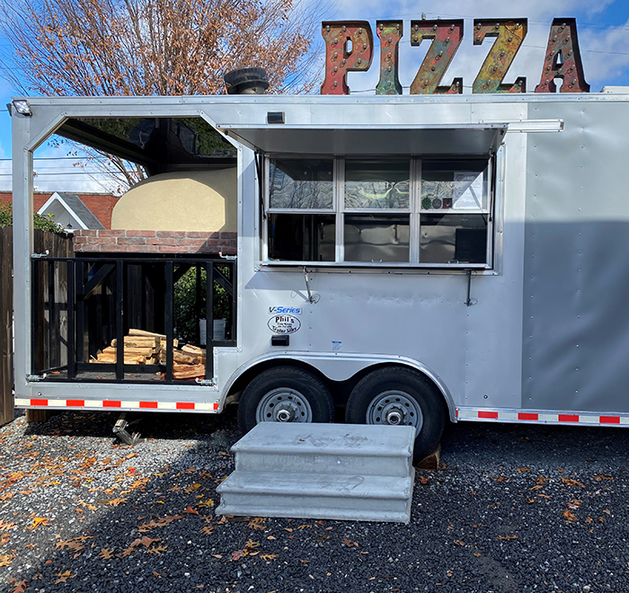 izzy pizza trailer triple c south end