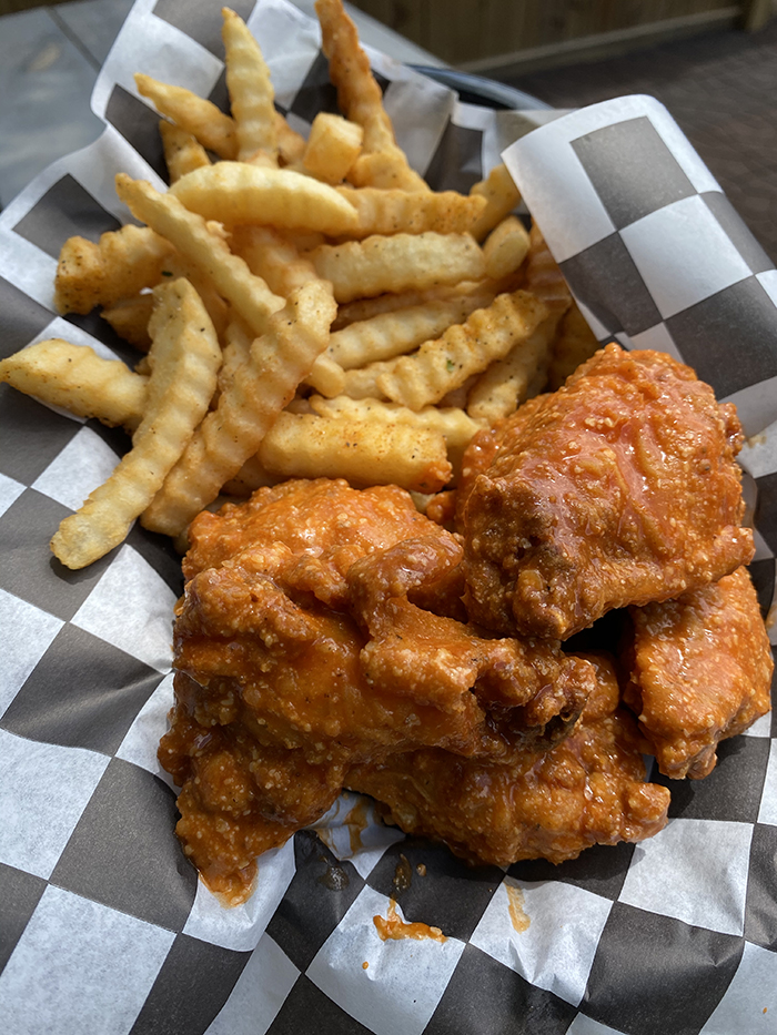 Hideaway wings, Lulu's Maryland Style Chicken and Seafood, Jay and Miketa Davis, west Charlotte
