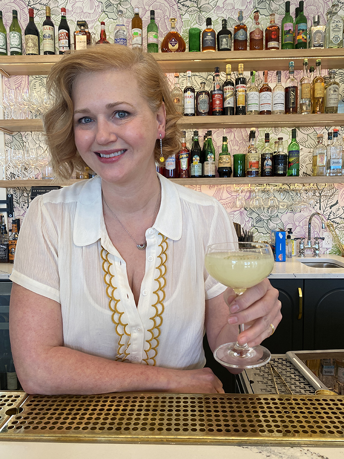 colleen hughes with absinthe supperland