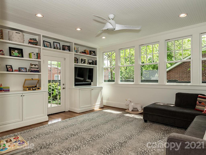 2309 Greenway Ave. family room