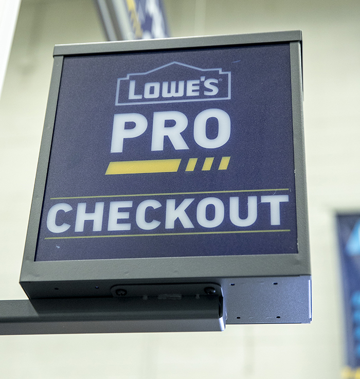 Lowe's pro customer checkout
