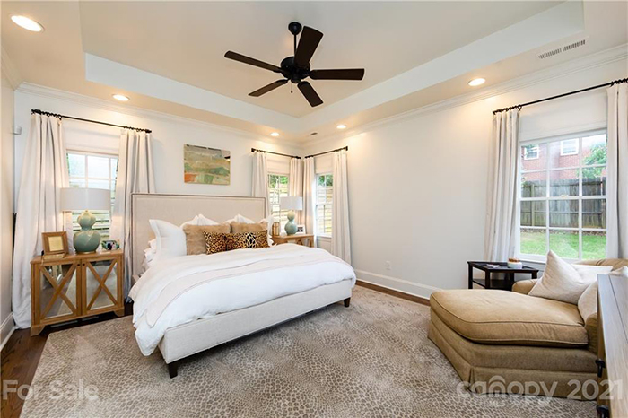 2019 Chatham Ave room