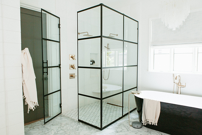 home-of-the-year-2021-shower