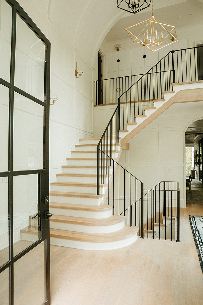 home-of-the-year-2021-stairs