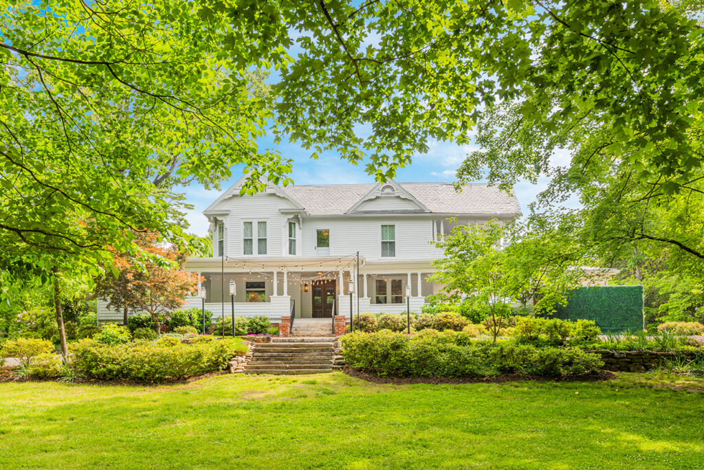 Own a wedding venue and historic home in Concord for $1.35M