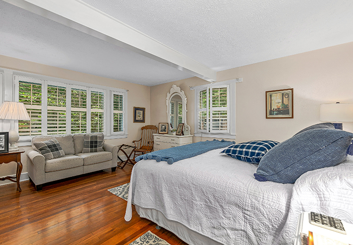 Billy Graham's house for sale Montreat NC bedroom
