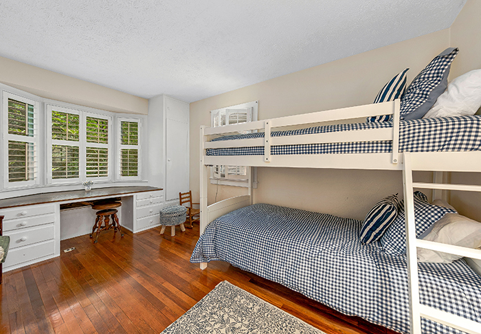 Billy Graham's house for sale Montreat NC bunk be