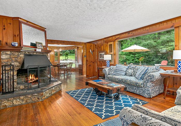 Billy Graham's house for sale Montreat NC living room 2